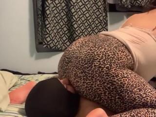 Facesitting Sweaty Ass Worship