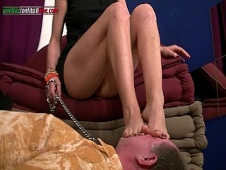 UI034-The Professionist First Episode- Foot Fetish &amp_ Trample