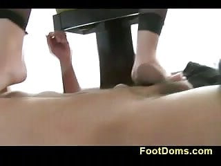 Colombiana loves toes sucking