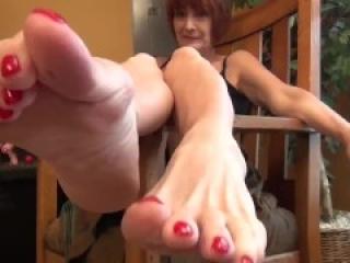 Mature mistress worship feet pov