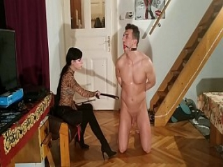 Beth Kinky - Sexy goth domina caning slave&#039_s penis cbt pt2 HD